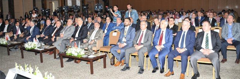 Konya'da Otomotiv Sektörünün Geleceği Masaya Yatırıldı